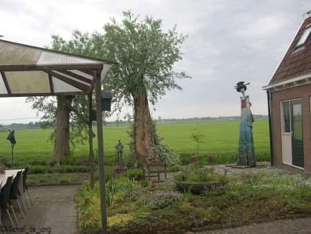 Beelden tuin van Ada Stel