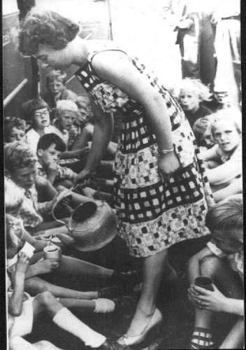 Nr 865 Schoolreis met boot ca 1961