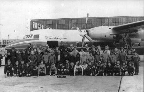Nr876 CVO schoolreisje naar schiphol 1964