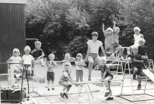 Iepening kleuterôfdieling Tsjerkwert 1983
