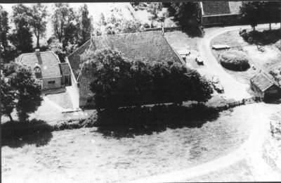 De oude Burghgraef boerderij, zoals die er in 1950 nog stond.