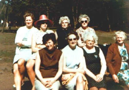 NR934Vrouwen Vereniging Tjerkwerd-Dedgum