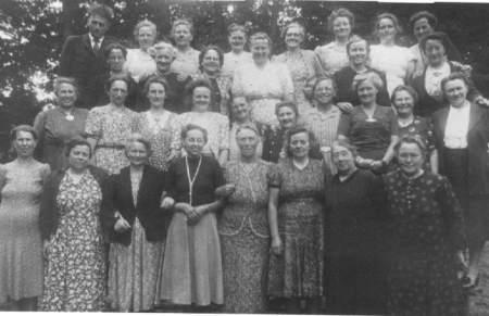 NR954 Vrouwen Vereniging Tjerkwerd-Dedgum