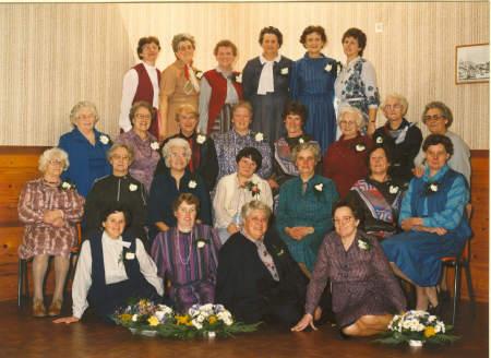 nr946 Vrouwen vereninging