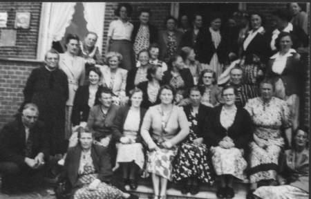NR949 Vrouwen Vereniging Tjerkwerd-Dedgum