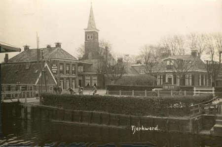 Links op de foto is kerstraat 2 te zien