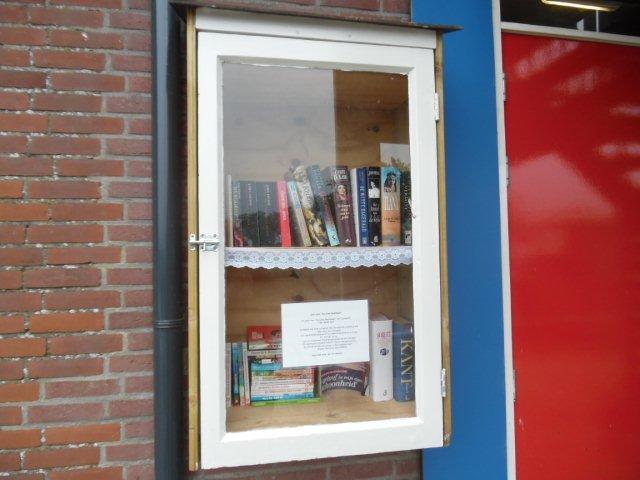 Boekenkast1.jpg